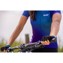 FAST WOMAN  SHORT FINGER GLOVE